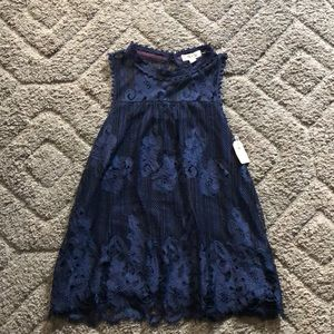 NWT Taylor and sage beautiful lace top